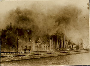 300px-Four_Courts_Conflagration